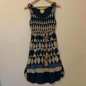 Comfy Anthropologie Knee Length Geometric Dress